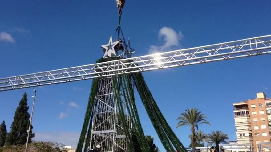 Un árbol de luz de 80 metros llevará el sábado la Navidad a la Redonda