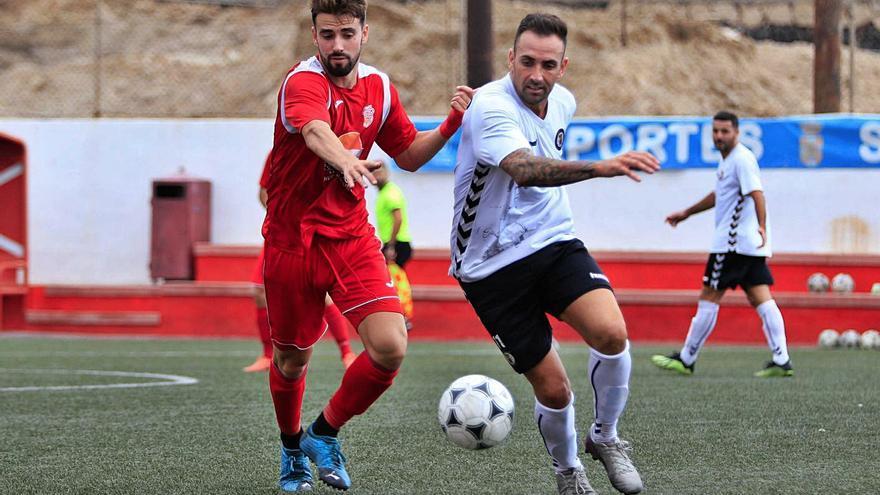El Arucas busca la Tercera División