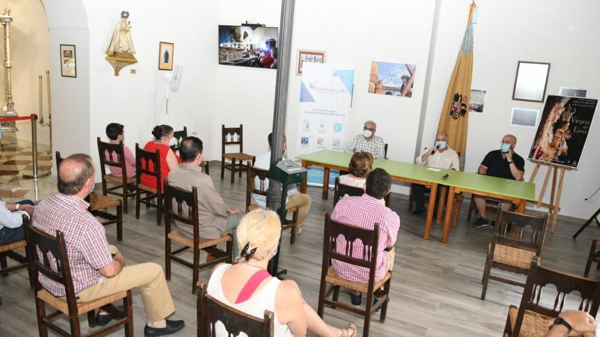 Presentado en Villanueva de Córdoba un vídeo sobre el traslado especial de la Virgen de Luna