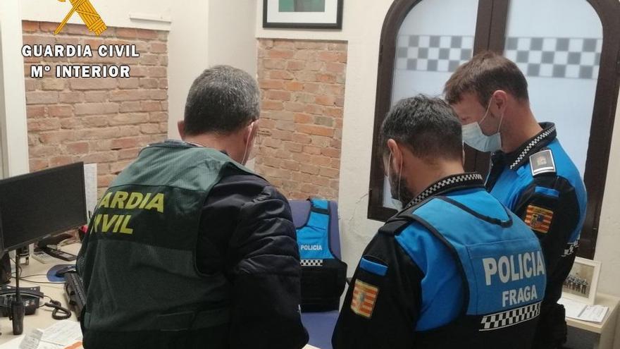 Detenidos tres vecinos de Fraga por conducir con permisos búlgaros falsificados