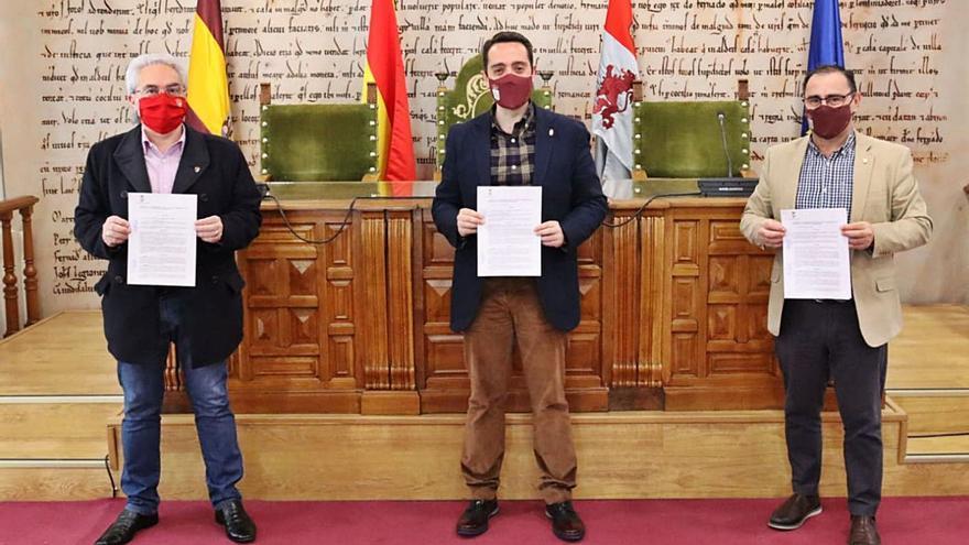 El Ayuntamiento de Benavente y el CD Benavente renuevan su convenio de colaboración