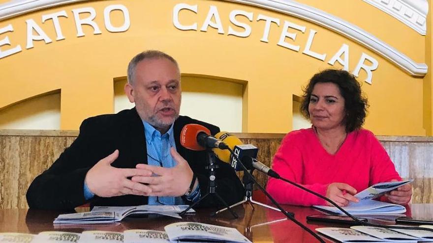 Concha Velasco, Lolita Flores y Aitana Sánchez-Gijón en el Teatro Castelar de Elda