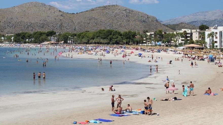 Port d'Alcúdia läutet am 1. Mai die Strandsaison ein