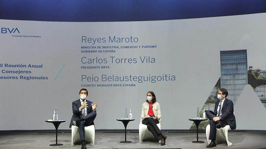 Carlos Torres Vila se reúne Tomás Fuertes, consejero asesor regional de BBVA en España