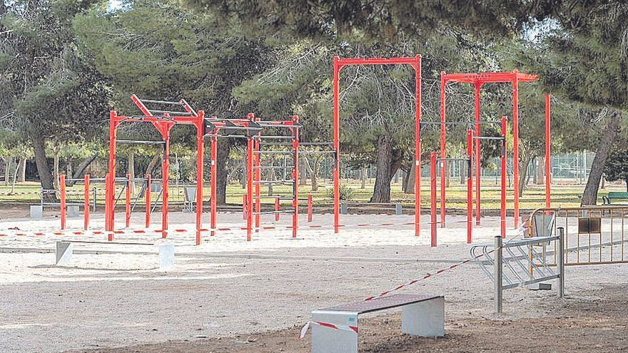 Santa Ana estrena área de entrenamiento de calistenia