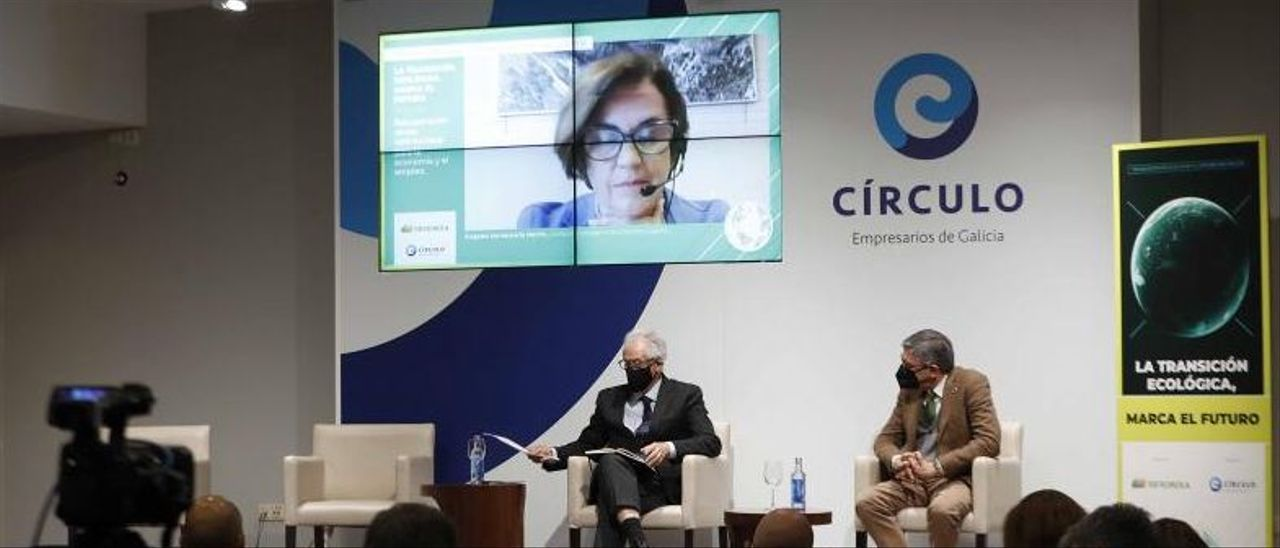 Un momento de las jornadas con la intervención de la CEO de Iberdrola España. |   // PABLO HERNÁNDEZ