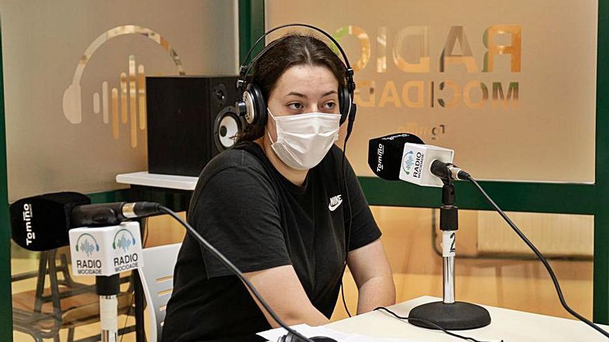 Poesía y radio se fusionan en el IES de Tomiño