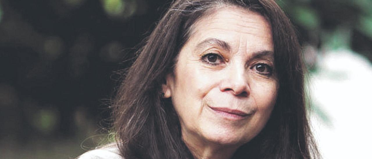 Carmen Boullosa: «Hubiera querido ser otra: ser quien soy y, además,  saber ser otra»