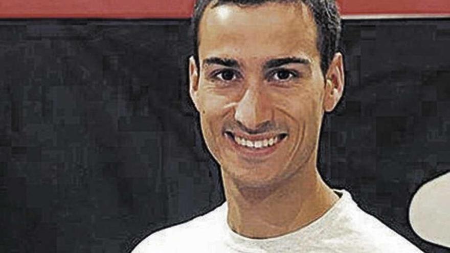 Mario Mola busca hoy su cuarto título mundial en triatlón