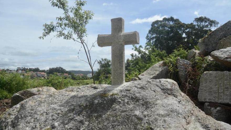 ¿Por qué un vecino guardó durante 30 años una cruz de piedra?