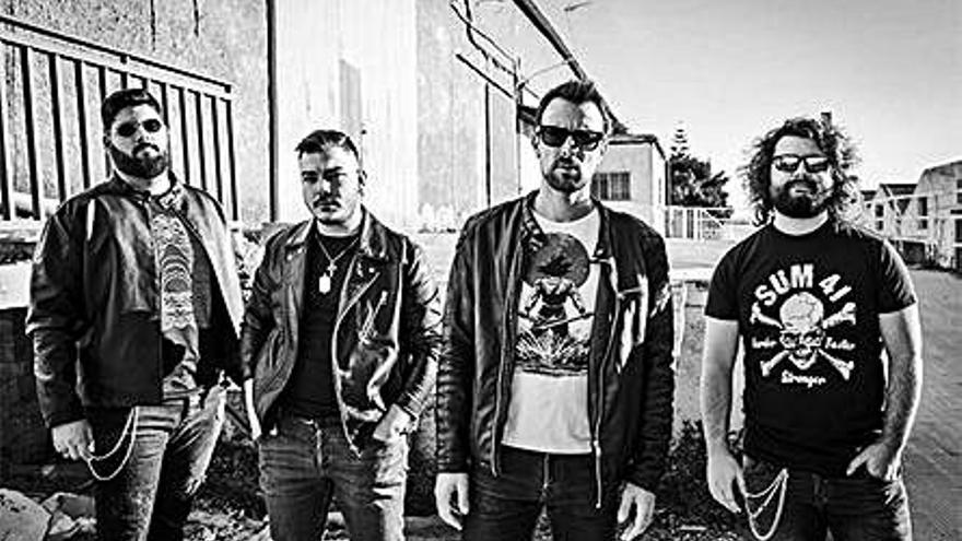 La banda alicantina Jenken presenta su primer sencillo «Vuelve»