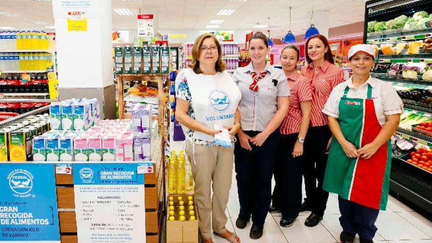 El personal de la cadena Spar se vuelca en la 'Operación Kilo' del Banco de Alimentos