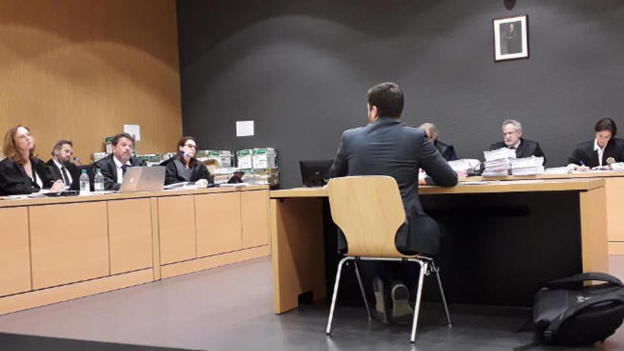 """Isaac Castellano señala a Dimas Martín como el """"jefe"""" de la trama de corrupción"""