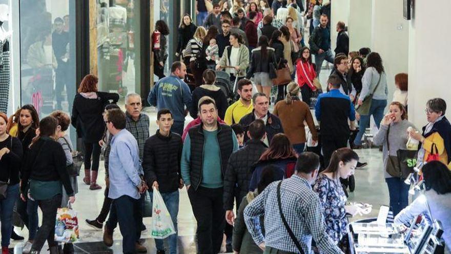 El comercio de Castellón se prepara ante un 'Black Friday de aforo limitado
