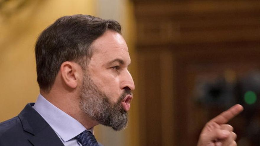 """Abascal a las diputadas de Unidas Podemos: """"Son mujeres pero no las representan"""""""