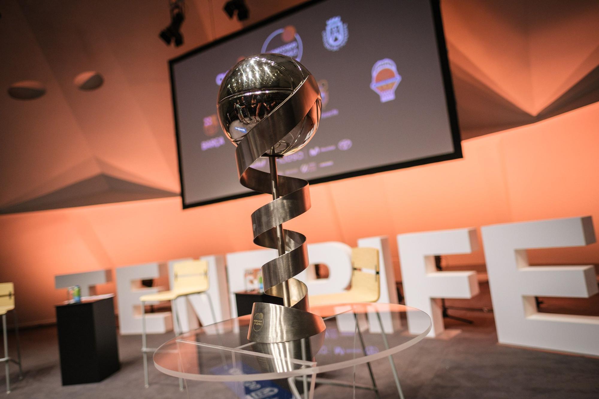 Presentación de la Supercopa de baloncesto en Tenerife