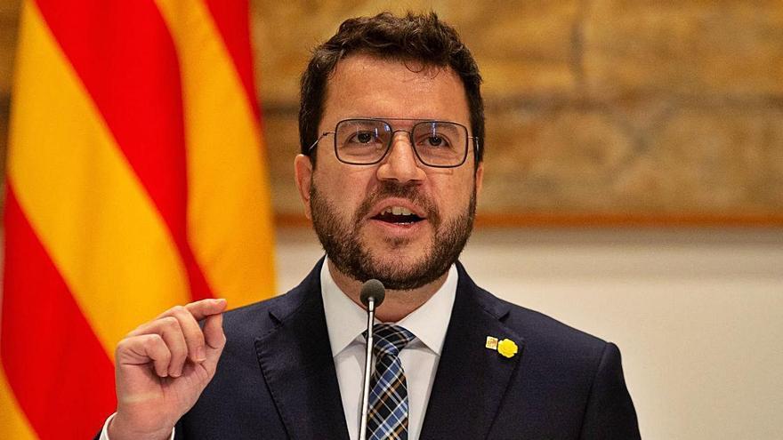 """Aragonès es mostra """"molest"""" pels noms de JxCat a la taula de diàleg i insisteix en l'acord d'escollir membres de Govern"""
