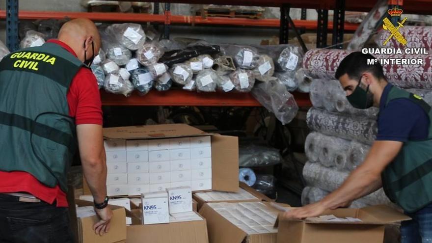 Interceptan en Villena una remesa de mascarillas que carecía de la autorización de la CE