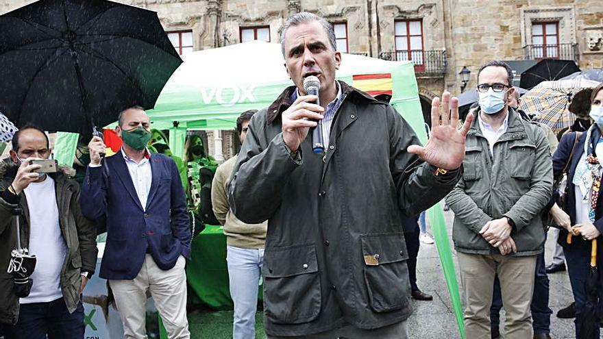 """Ortega Smith: """"La izquierda está alejando a Asturias de España"""""""