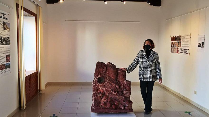 Cristina Vasallo recrea un diálogo alegórico con el Roque Bentayga