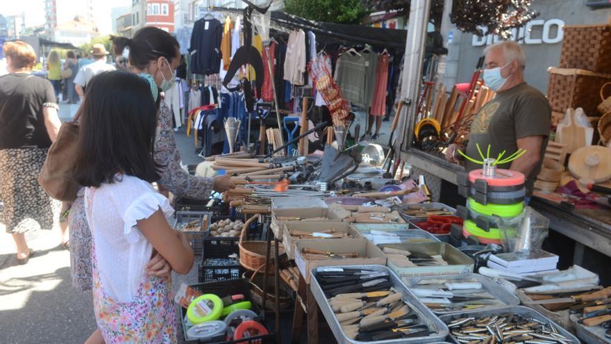 Riesgo de caída en el mercadillo y el entorno de la plaza