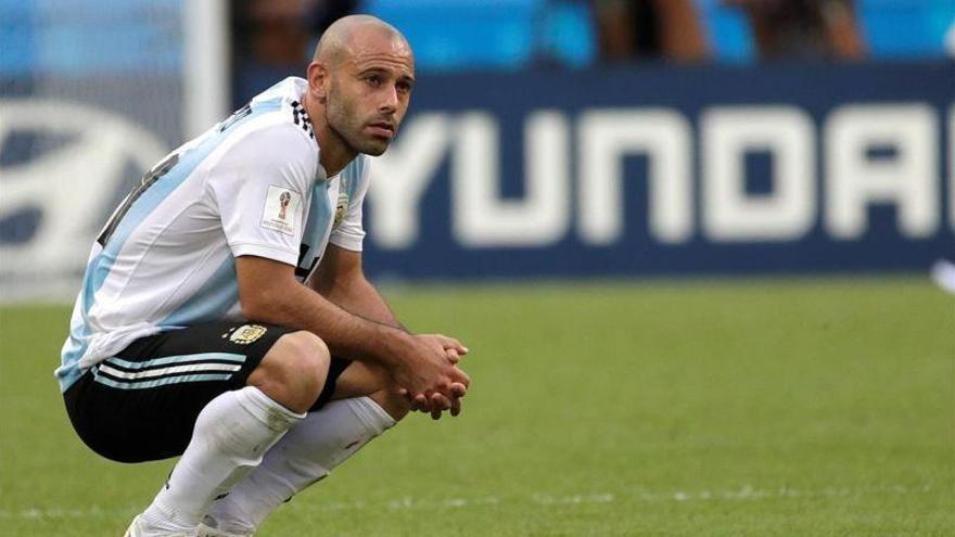 Mascherano anuncia que deja la selección argentina tras la eliminación ante Francia