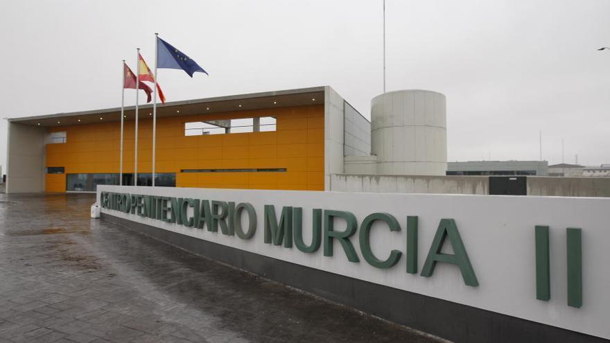 La cárcel de Campos del Río se queda sin médicos: todos aislados por covid