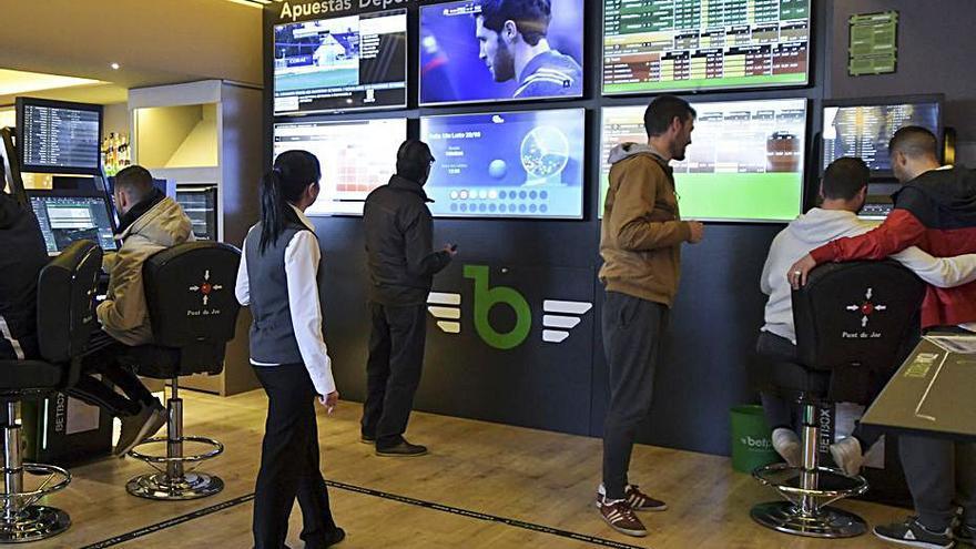Eurocopa y Juegos Olímpicos no evitan el desplome en los ingresos de las salas de juego de Baleares