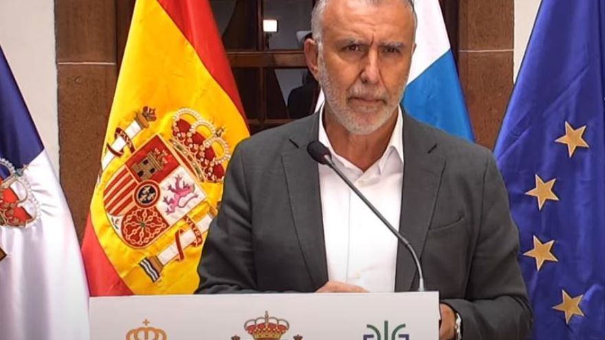 """Torres: """"El Gobierno trabaja para adquirir terrenos para viviendas en La Palma"""""""
