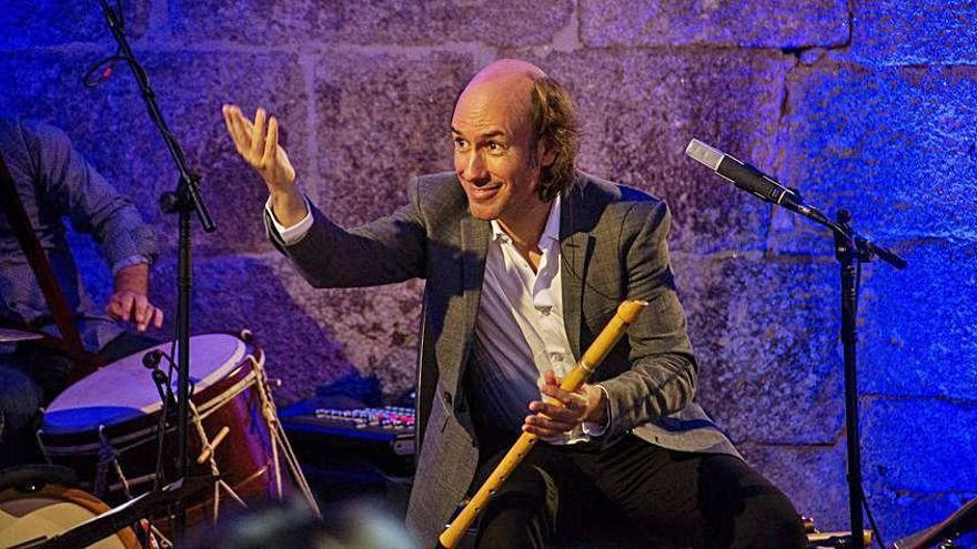 Carlos Núñez incluye a Celanova entre los 'Lugares Máxicos', su gira en agosto