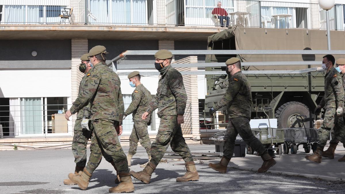 El Ejército, en la residencia de Altabix de la tercera edad