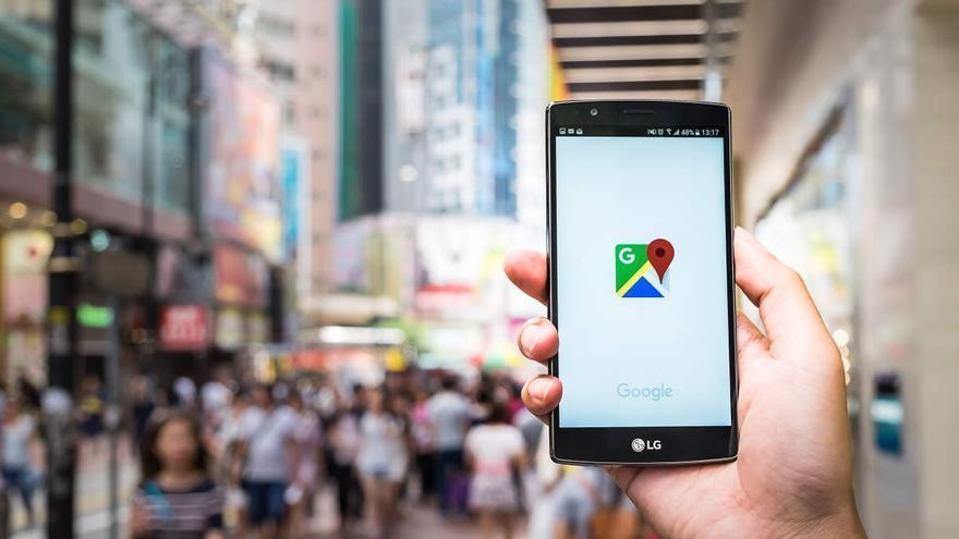 Google Maps permitirá pagar los parquímetros y el transporte público