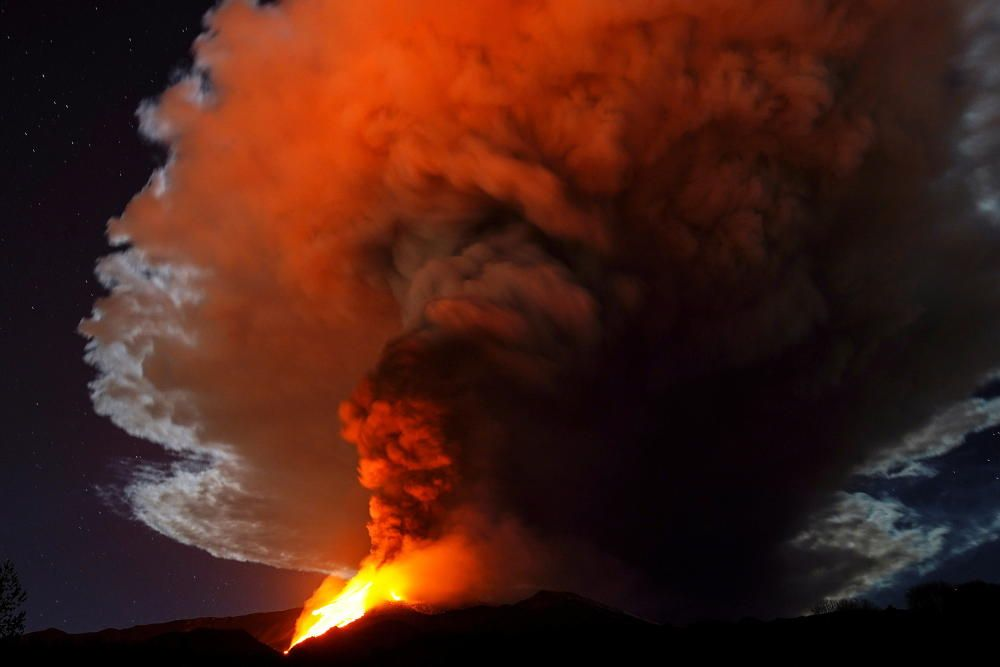 El Etna en erupción.