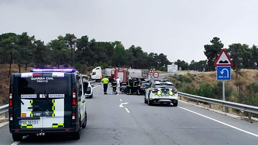 Dos muertos y tres heridos en un accidente en Anaya, Segovia