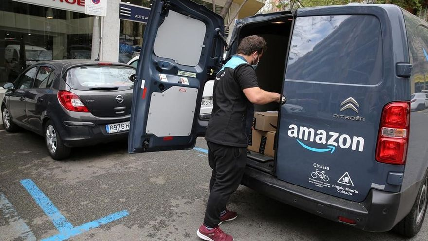 Amazon vigila a sus repartidores con unas cámaras inteligentes que los castiga injustamente