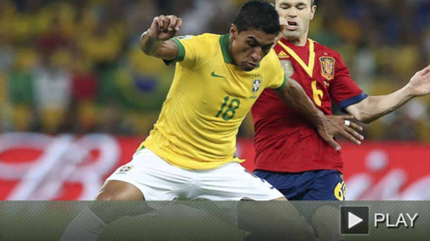 El brasileño Paulinho, nuevo jugador del Tottenham