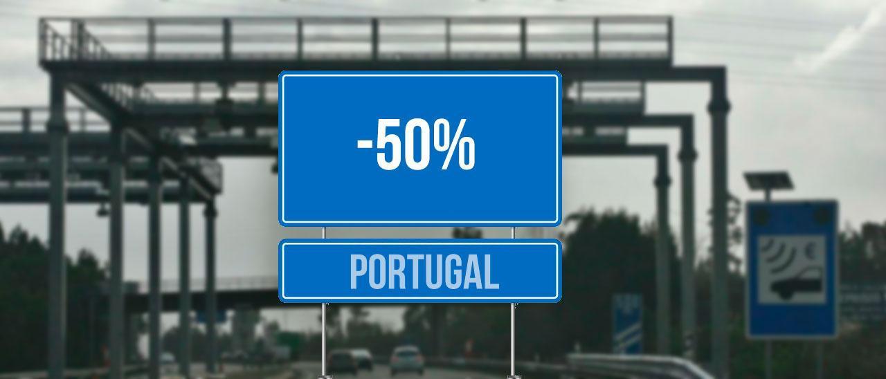 Vehículos circulando por debajo del pórtico del peaje de una autovía portuguesa