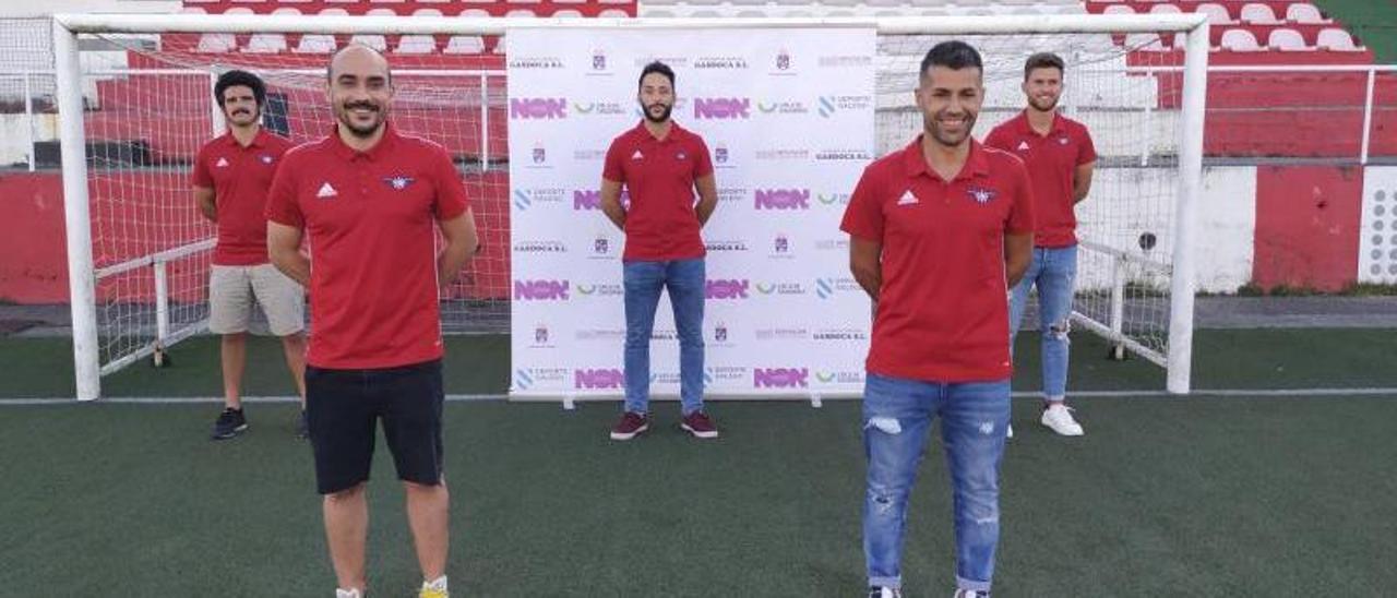 Iván Pérez y José Tizón al frente, con Pablo Badía, Pablo Redondo y Xoel Souto a su espalda.    // G. NÚÑEZ