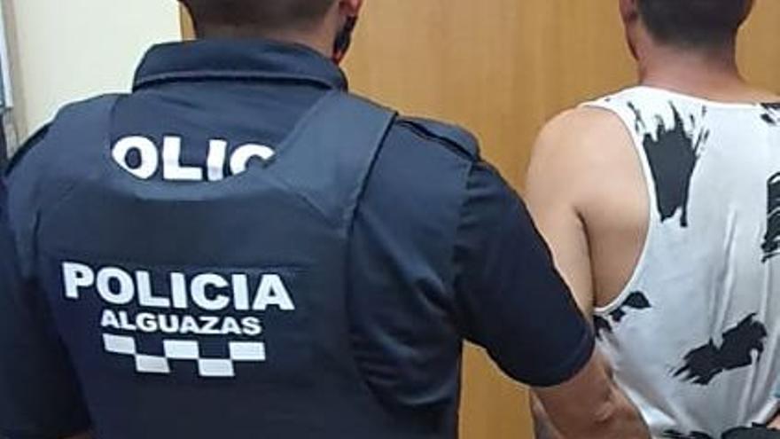 Detenido un ladrón que intentó escapar de la Policía saltando por los tejados de Alguazas