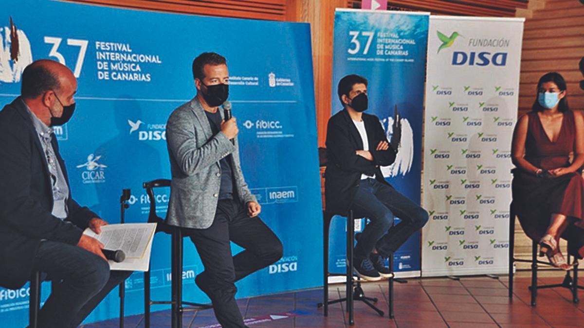 Jorge Perdigón, Juan Márquez, Javier Perianes y Sara Mateos, ayer, en la presentación del concierto. | | EL DÍA