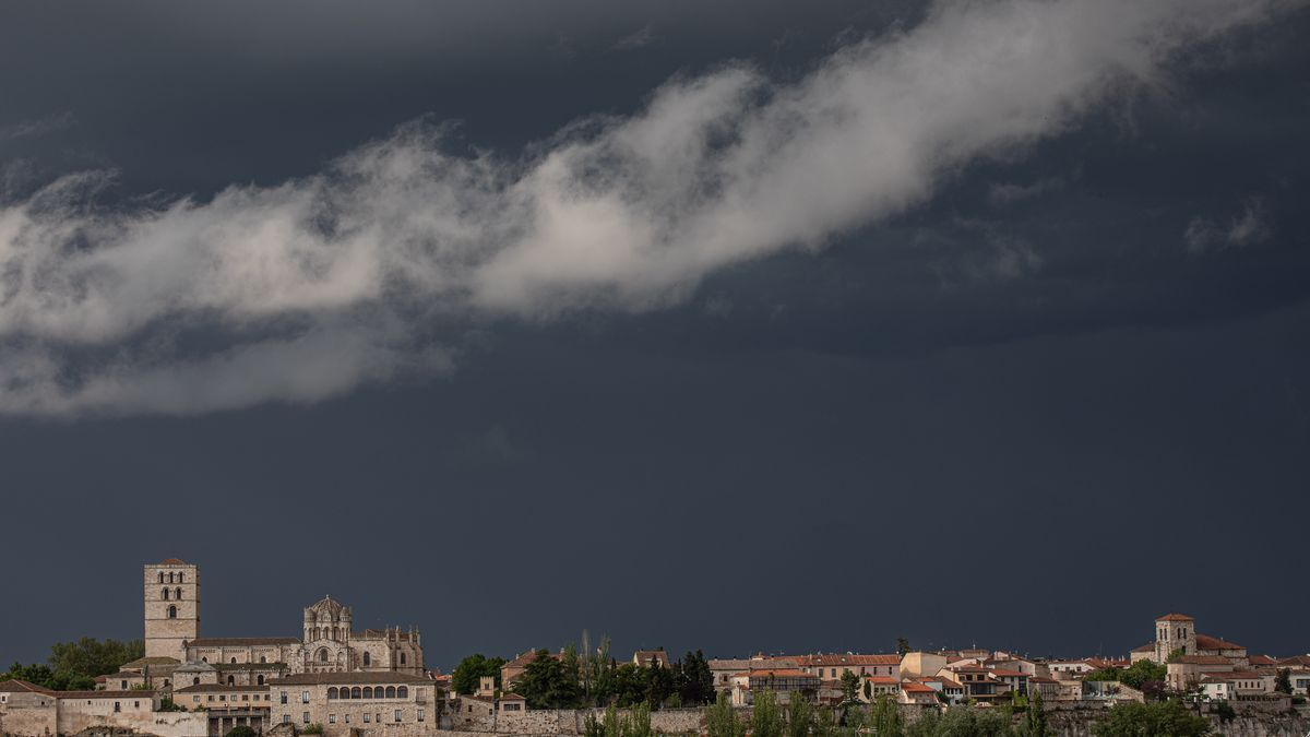 Zamora bajo la tormenta en una imagen de archivo.