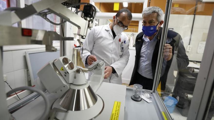 """El regreso a la facultad de Química de García Granda tras 4 años en el Rectorado: """"Es como volver a casa"""""""