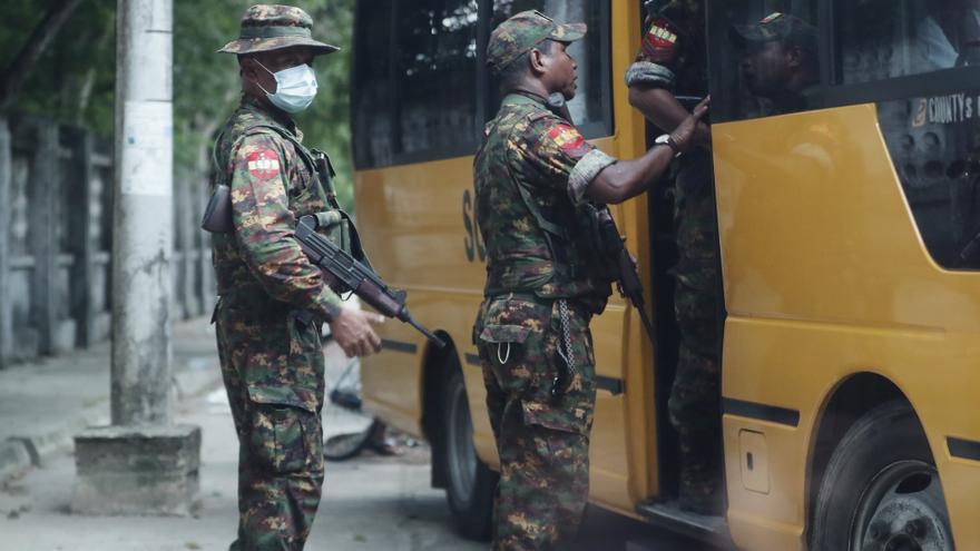 1.500 soldados han abandonado el Ejército tras el golpe en Birmania