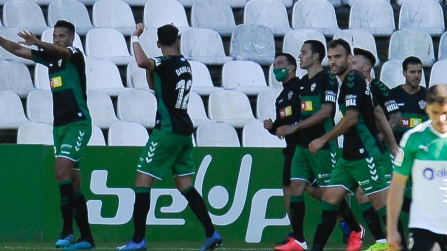 El Elche iguala ya el número de victorias a domicilio de la temporada del último ascenso a Primera