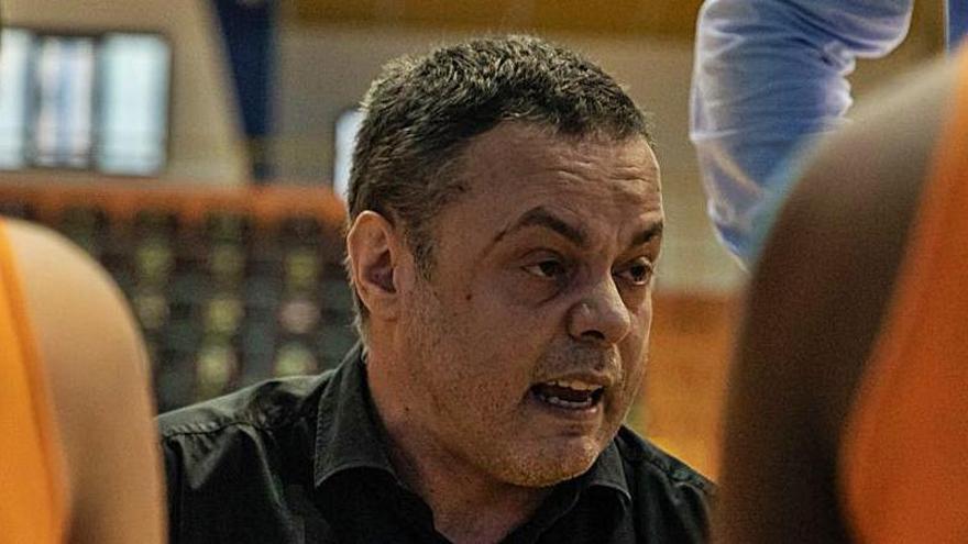 Fran García ve opciones de seguir en el Zamarat pese al descenso de Liga Femenina