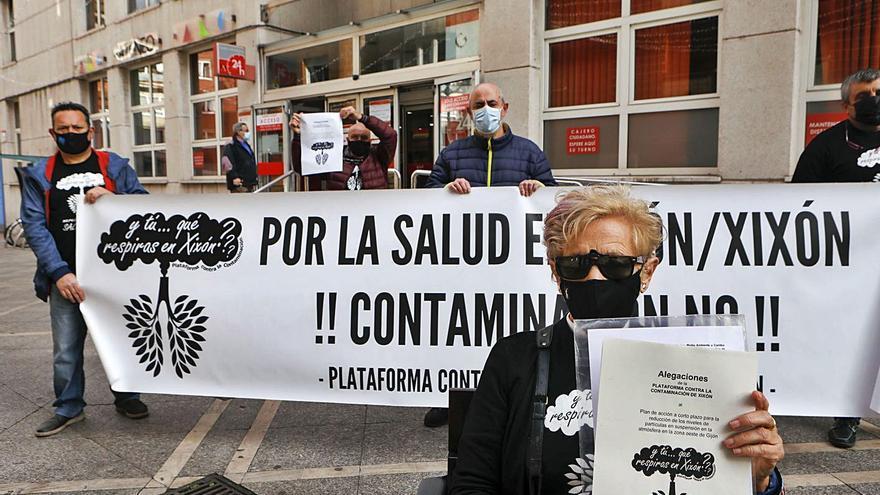 """El plan del aire de la zona oeste es """"inútil"""", dice la Plataforma Contra la Contaminación"""