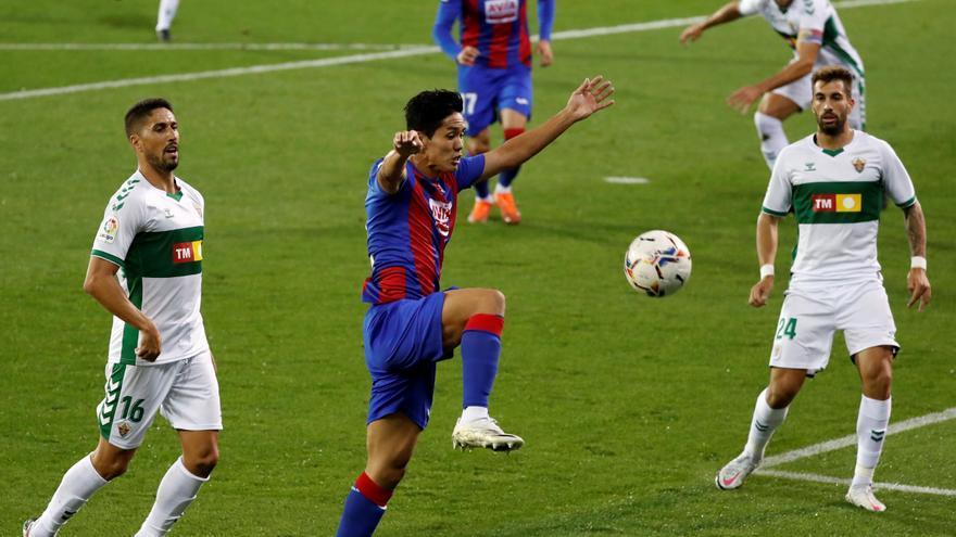 El Elche asalta Ipurua con un gol de Lucas Boyé (0-1)