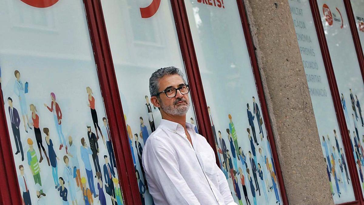 Daniel Argente, en la sede central de UGT-PV, en la ciudad de València.