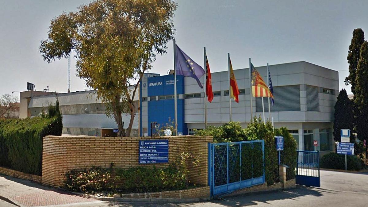 Imagen exterior de la central de la Policía Local de Paterna.