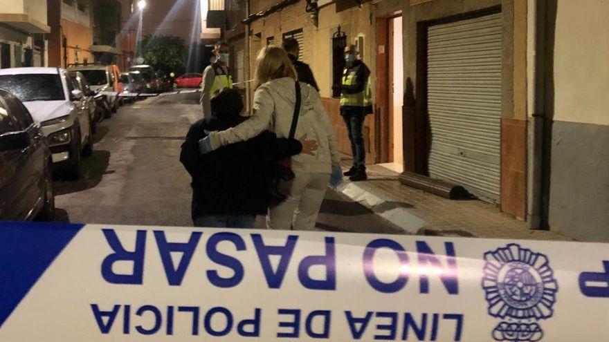 Un hombre degüella a su madre de 85 años en Valencia
